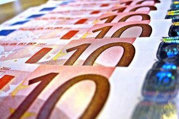 Euro, Macron ile sert yükseldi