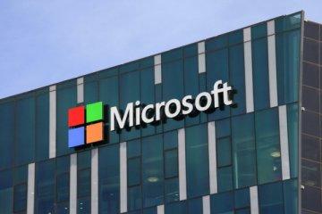 Microsoft 8 yıl sonra Apple'dan zirveyi geri aldı
