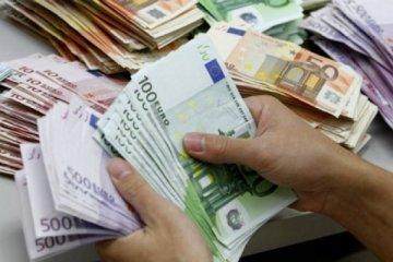 Dolar önemli para birimleri karşısında güçlendi