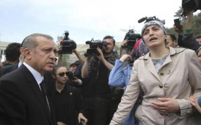 Erdoğan'a Soma'da protesto